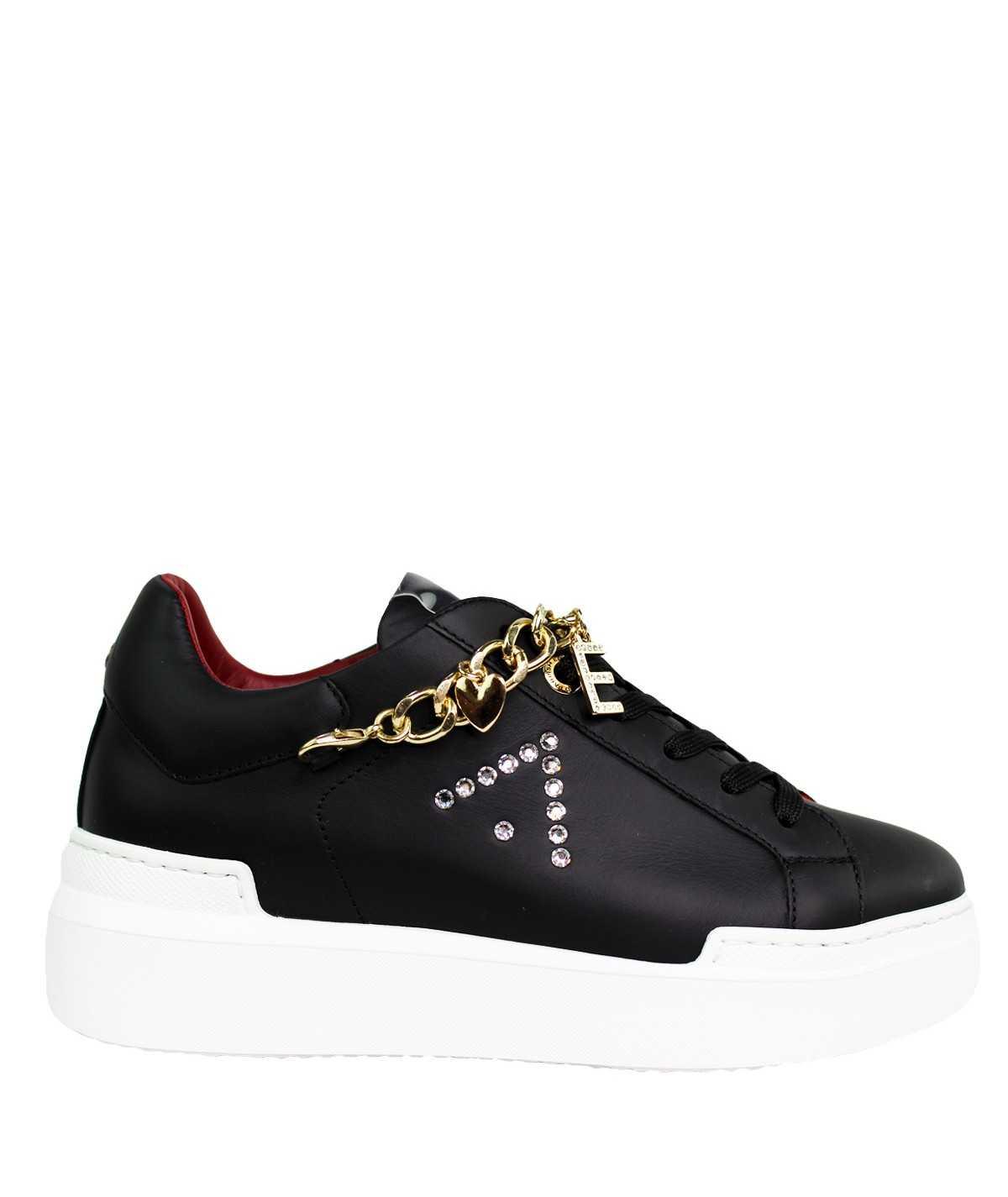 ED PARRISH Sneakers...